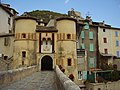 Porte et citadelle d'Entrevaux.jpg