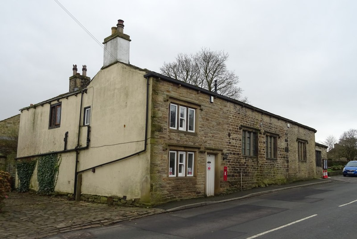 Post Office and Village Hall, Tong.jpg