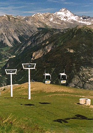 Briançon - The 'Prorel Cable Car' goes to the summit of mt. Prorel.