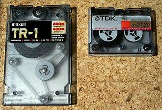 Quarter-inch cartridge - Quarter-Inch minicartridges: left, 400MB (QIC-EX); right, 120MB (QIC-80).