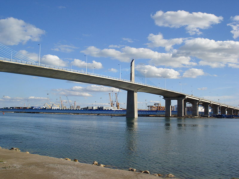 Fichier:Radès-La Goulette Bridge.jpg
