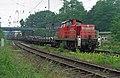 Railion 294 667-1 Platte wagons Oberhausen (9094730952).jpg