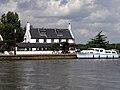 Reedham Ferry Inn - geograph.org.uk - 223587.jpg