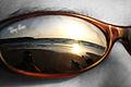Reflejo sobre Gafas de Sol (3751744549).jpg