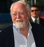 Richard Attenborough nel 1975.