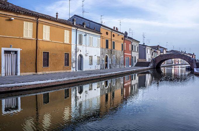 Riflessi a Ponte San Pietro.jpg