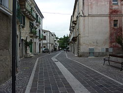Roccamorice-ViaDeHoratiis.JPG