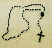 200px-Rosary.jpeg