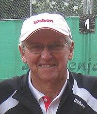Roy Emerson 2011.jpg