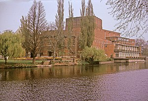 English: Royal Shakespeare Theatre, Stratford-...