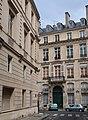 Rue du Pré-aux-Clercs, rue de l'Université, Paris 7e.jpg