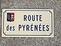 Rue du village de Chelle-Spou (Hautes-Pyrénées) 1.jpg