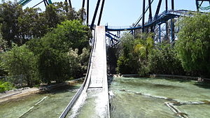 Tidal Wave (Six Flags Magic Mountain) - Image: SFMM Tidal Wave 1