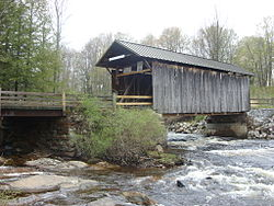 Salisbury Covered Bridge May 08.jpg