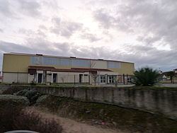 Salle polyvalente de Mazerolles (Pyrénées-Atlantiques).JPG