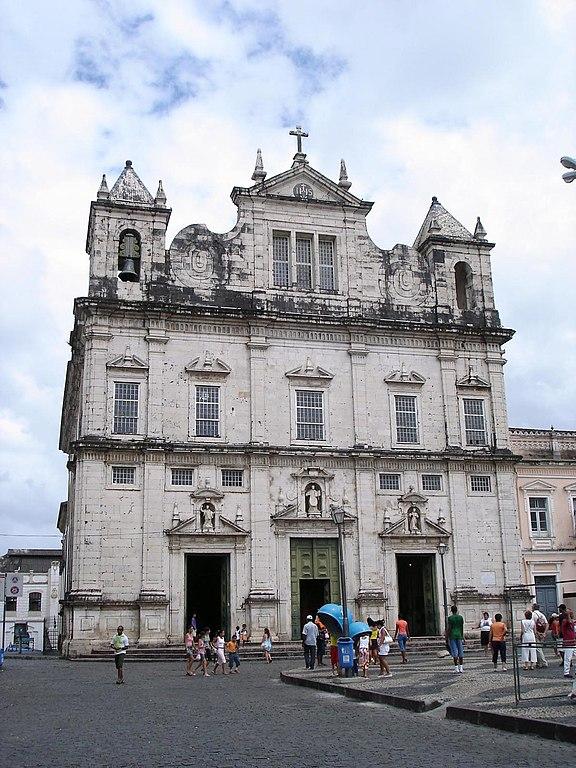 Salvador Jesuit Church by http://www.flickr.com/photos/fernando_dallacqua/