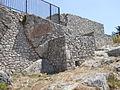 Santuario di Monte Sant'Angelo. Piccolo tempio. Esterno 2 (part. lacerto intonaco in cocciopesto).JPG