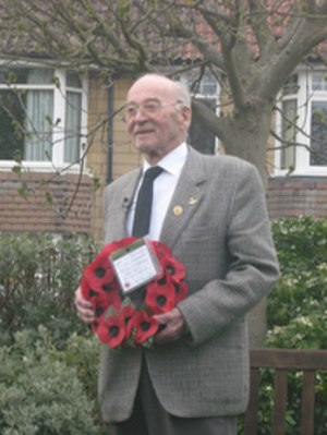 Bath Blitz - Willi Schludecker at the 25 April 2008 memorial service in Bath, with his remembrance wreath.
