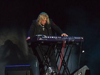 Scott Warren - Warren performing in 2012