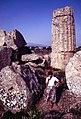 Selinunte-114-Tempel E-Truemmer-1986-gje.jpg
