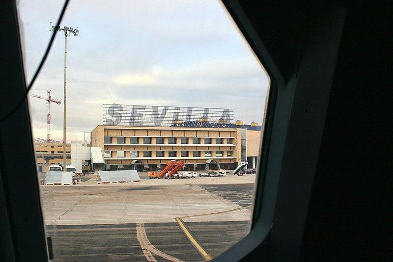 Qual é a melhor forma de locomover do aeroporto de Sevilha
