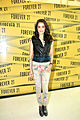 Shraddha Kapoor at Forever 21 store Launch (4).jpg