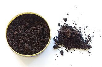 Snus - Snus, made of tobacco, salt, and sodium carbonate