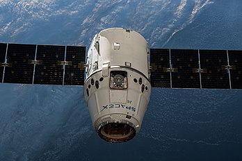 SpaceX CRS-14 Dragon approaches the ISS (3).jpg