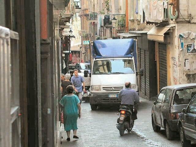Spanish Quarter traffic