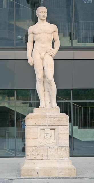 Groupama Arena - The Springer statue, the first president of Ferencváros