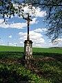 Střelice, kříž na okraji obce.jpg