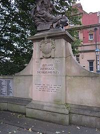 Stalybridge war memorial (6).JPG