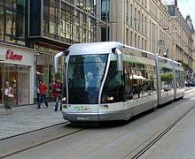 220px-Stan-Bus-Bahn-Nancy.jpg