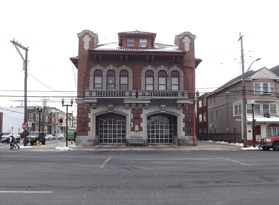 Station 4 - Engine 4-Ladder 2 (tiller) Atlantic Ave & S Carolina Ave