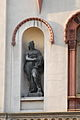 Statua u zdanju.JPG