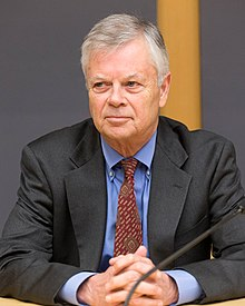 Stephen Kinzer, American author, journalist and academic.jpg