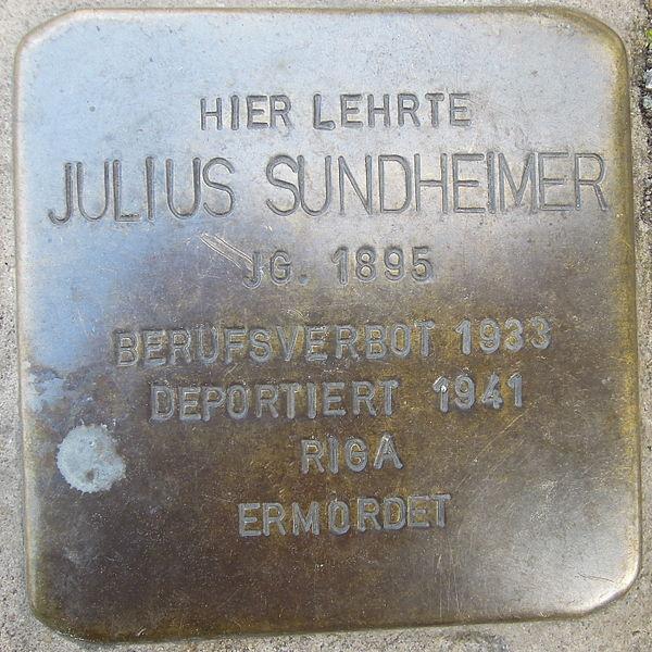 File:Stolperstein Rinteln Klosterstraße 19 Julius Sundheimer.jpg