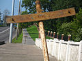 Strange cross on the bridge at Majakoŭskaha street in Miensk - panoramio.jpg