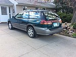 Subaru Outback 1998-2003.jpg
