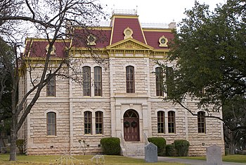 English: The Courthouse located in Sonora, Tex...