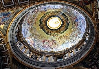 Sv Petr Vatican interier 28.jpg