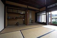 240px-Takagike_Kashihara_JPN_001.jpg