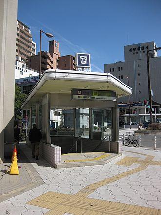 Tanimachi Rokuchōme Station - Station entrance
