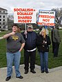 Tea Party Express at the Minnesota capitol (4503411103).jpg
