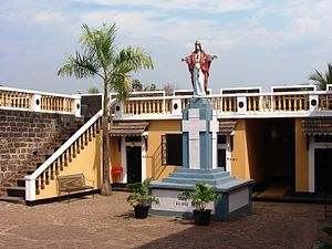Fort Tiracol - Image: Terekhol Church 1