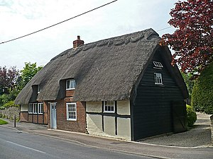 Drayton, Vale of White Horse - 69 High Street, a thatched 15th century cruck cottage