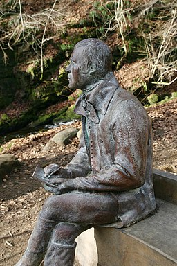 The Birks of Aberfeldy, Robert Burns statue - geograph.org.uk - 1195252