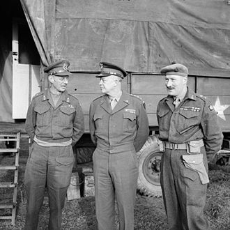 Neil Ritchie - General Dwight D. Eisenhower, the Allied Supreme Commander (centre), with Lieutenant-General Sir Miles Dempsey, GOC Second Army, and Lieutenant-General Neil Ritchie at XII Corps HQ, November 1944.