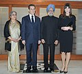 The Prime Minister, Dr. Manmohan Singh and his wife Smt. Gursharan Kaur with the President of France, Mr. Nicolas Sarkozy and his wife Mrs. Carla Bruni, in New Delhi on December 05, 2010 (1).jpg