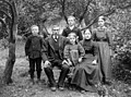 The Svardal family, Flora, 1914.jpg